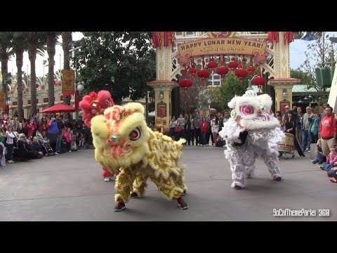 [HD] Lion Dance - Lunar New Year Celebration at Disney California Adventure