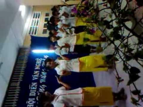 hoi dien van nghe cua truong THPT Vinh Thang ^^ lop 11/4