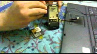HOW TO DISASSEMBLE A MOTOROLA FLIP PHONE THE EASY WAY