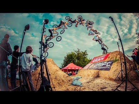 Dawid Godziek - frontflip barspin to no hand BMX DIRT