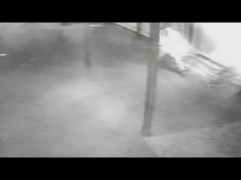 'Arsonist' caught on CCTV setting fire to Hindu temple in London
