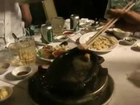 Món ăn kinh dị nhất thế giới