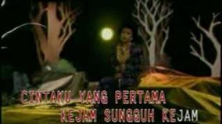 Mega Mustika - Bulan view on youtube.com tube online.