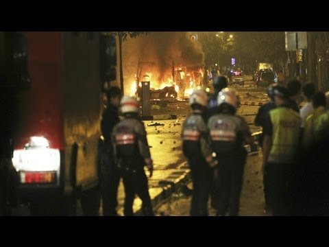 Riots in Singapore after Fatal Bus Accident