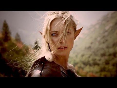 World of Saga : les Seigneurs de l'Ombre (2013), En DVD & Blu-Ray le 21 aout 2013 http://amzn.to/11aP15i Rejoignez-nous sur Facebook http://facebook.com/Filmsactu La guerre des Dieux fait rage dans le monde...