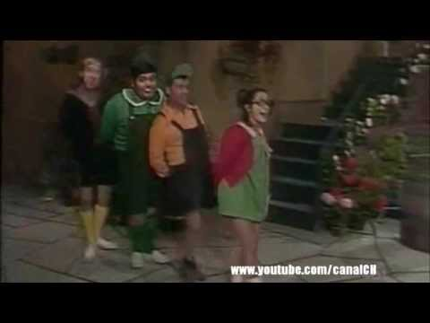 A turma do Chaves cantando o hino do Cruzeiro