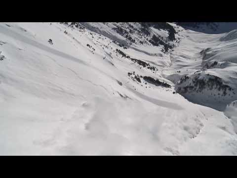 Freeskier survived avalanche accident with ABS Airbag