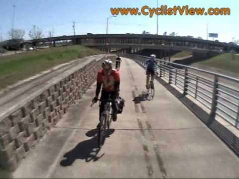 Bicycle Path Rules Demonstrated in Houston