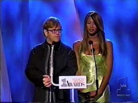 VH1 Fashion and Music Awards • Naomi Campbell & Elton John (1995)