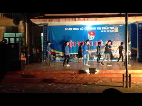 Màn nhảy dân Vũ của CLB TNTN Hiệp Hoà. Net