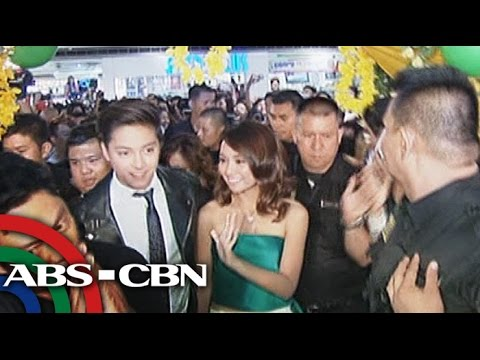 Fans storm 'She's Dating The Gangster' premiere