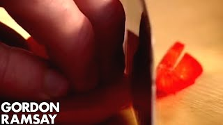 Gordon Ramsay: How to Cut the Perfect Pepper