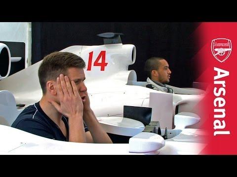 Wojciech Szczesny vs Theo Walcott: F1 Driving