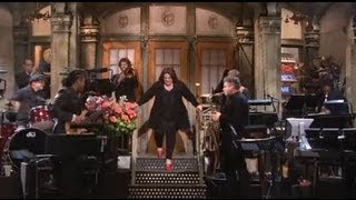 Melissa McCarthy SNL Opening Monologue 2013!