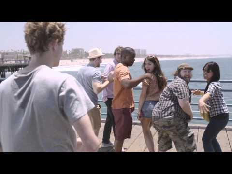 Samsung Galaxy S III Funny Commercial !  Share Shot