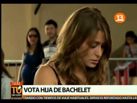 Así votó la hija de Michelle Bachelet