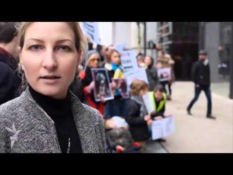 Лондонські українці закликали Ахметова допомогти...