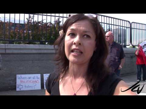 Where are the Politicians?   Not at the March Agains Monsanto - YouTube