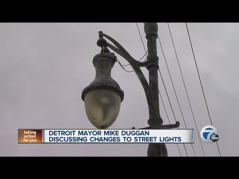 Detroit Mayor Mike Duggan discussing changes to street lights