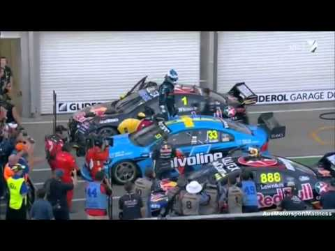 V8 Supercars | Scott McLaughlin vs Jamie Whincup - 2014 Clipsal 500