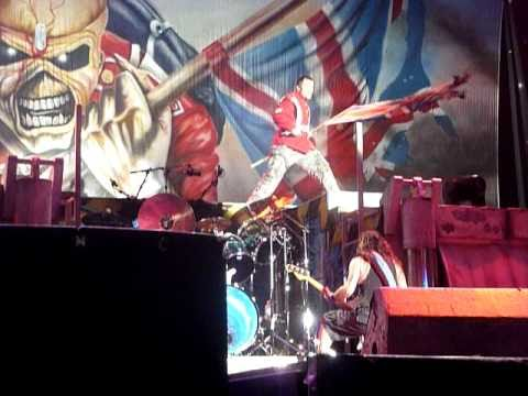 Iron Maiden - The Trooper - Sydney Soundwave 2011
