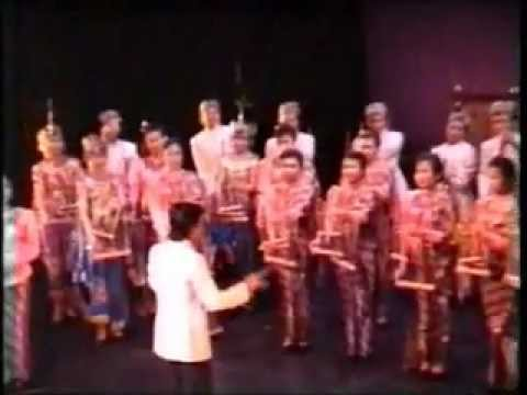 The 1989 Aberdeen International Youth Festival (Indonesia) - Folksong - Angklung KABUMI