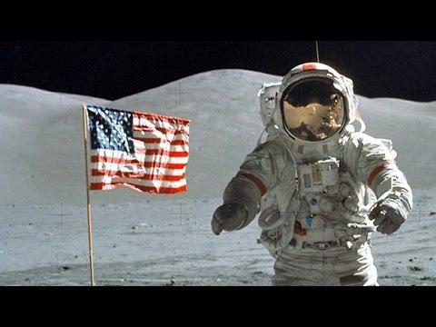 V tieni Mesiaca