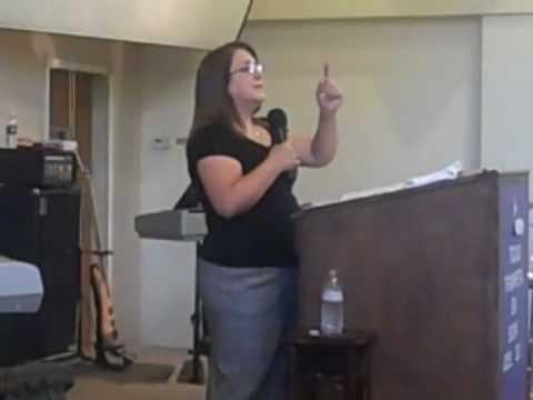 Dra. Martha  Julia Azurdia predicando 2 / 13