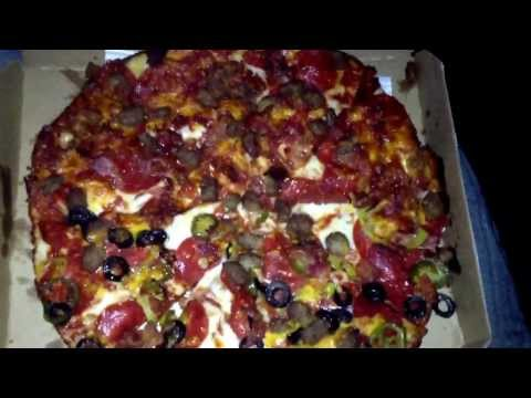 Dominos 10 topping med. pan pizza (food hack)