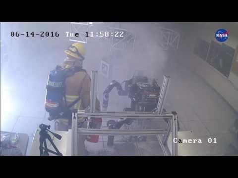 Взрыв в Лаборатории реактивного движения NASA