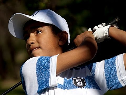 Boy From Shantytown Hailed As a Future Golf Star