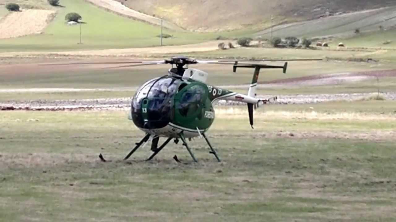 Elicottero Nh500 : Elicottero nh corpo forestale a castelluccio di norcia