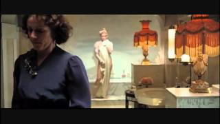 Amy Adams Nude Bath Scene From 'Miss Pettigrew Lives For A