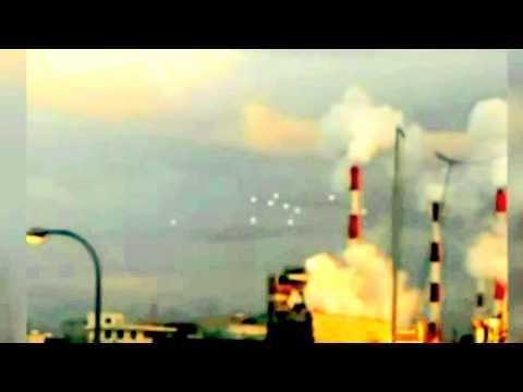 Xuất hiện các UFO của người ngoài hành tinh múa lượn trên bầu trời Nhật Bản