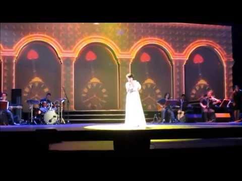 [HD] Cô Gái Đến Từ Hôm Qua - Thu Phương [Mùa Thu Của Phương Concert - 20/10/2013]