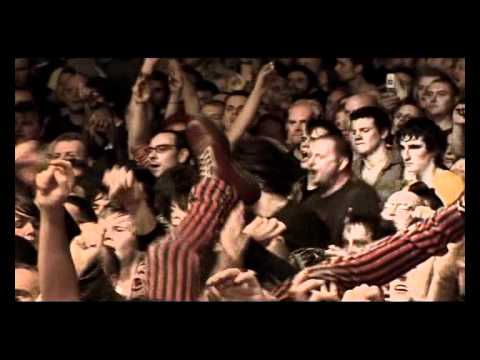 Sex Pistols - (I'm Not Your) Stepping Stone [Live From Brixton Academy 2007] 10