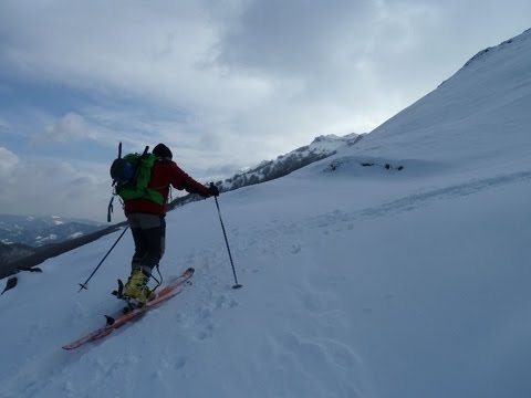 Ascensión y descenso con esquís del Arriurdin