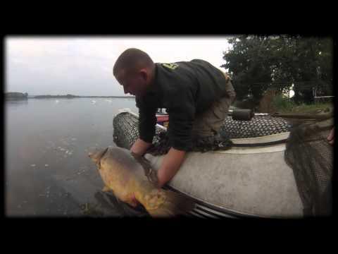 Arnaud Becquet sur un grand lac public