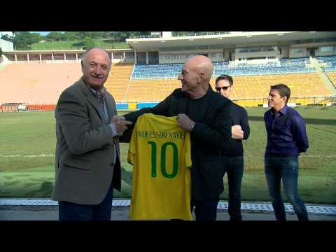 Patrick Stewart and James McAvoy meet soccer Coach Scolari in São Paulo HD