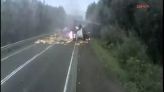 Brutális kamionbaleset