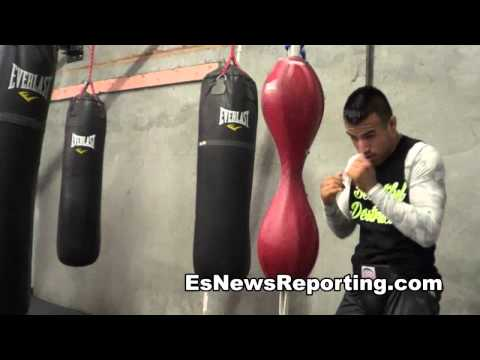 boxing prospec evan solario working out EsNews