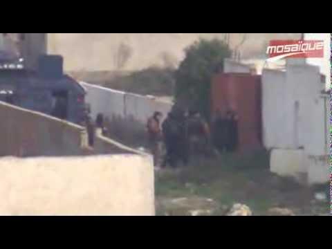 image vidéo صاحب منزل الإرهابيين وأحد الجيران يرويان تفاصيل