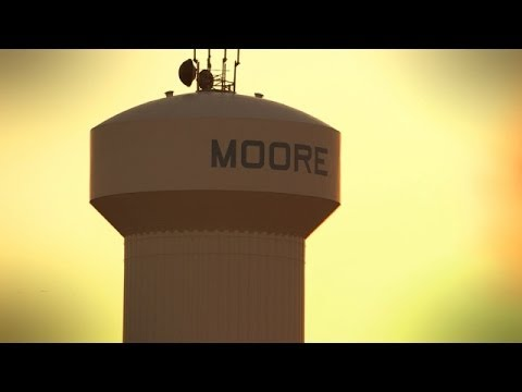 Rickie Fowler visits Moore, OK