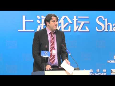 "[2013 Shanghai Forum] Andreas Loschel ""The German Energy Transformation"""