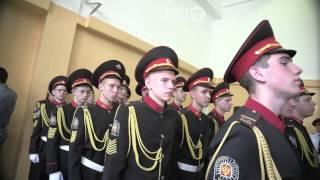 В Артеме начинается пора последних звонков. Артемовские кадеты прощаются со школой.