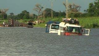 Inondation: Un Enfant, Une Enseignante Et Un Bus Engloutis Par Les Eaux