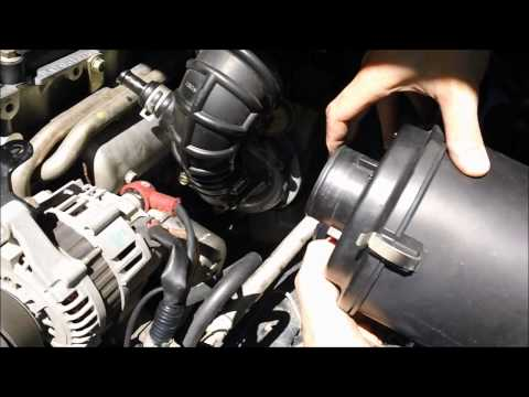 How To change Air Filter on Nissan Navara d22, ZD30 Turbo Diesel Motor