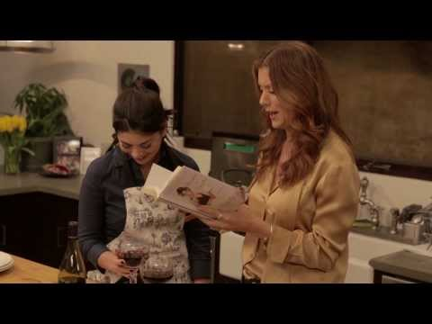 Yahoo Presents - Sunday Dinner With... Kate Walsh
