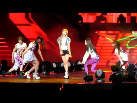 [FANCAM]120623 F(X) - Electric Shock @ MUSIC BANK IN HK
