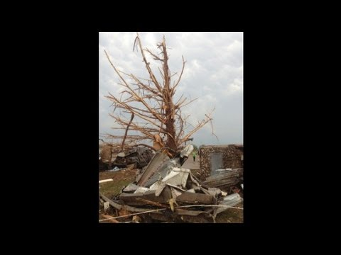 Rescuer following Oklahoma tornado: 'It's a fight or flight response'